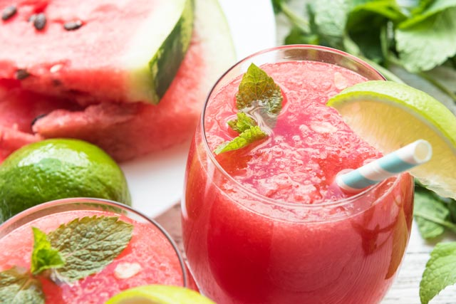 4 Memorial Day Drinks To Start You Off Right goholidaygift.com Watermelon Sangria